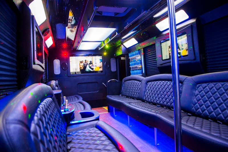 Party Bus Best Edmonton Limo Apex Limousine 1